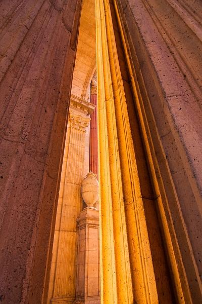 pofa-sunlit-temple